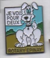 Beau pin�s , association Rotary , Epinay , chien d' aveugle