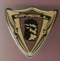 35522- Pin's..O'Neill, La Célèbre Marque Californienne Pour Les Sports De Glisse, Surf, Snow . - Trademarks
