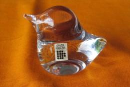 1 PRESSE PAPIER CRISTAL Daum  France DECOR OISEAU - Glas & Kristall
