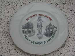 Superbe Assiette Bouquet Provincial  Tracy Le Mont 1971 - Tir à L'Arc