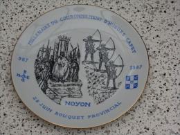 Superbe assiette Bouquet Provincial  Noyon 1987