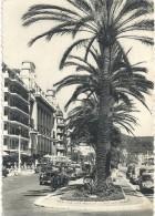 --44--NICE--LE PALAIS DE LA MEDITERRANEE--DECHIRURE DE 5mm EN HAUT--7/8/1957--JOLIS VEHICULES-- - Monuments, édifices