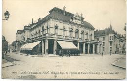 Cpa Lons-le-Saunier   :  Rue Du Jura + Théâtre + Rue Des Cordeliers . - Lons Le Saunier