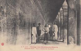 Voyage Aux Monuments Khmers Par A.T. N°59 Bis Angkor-Wat Sous La Galerie Des Bas-reliefs Cambodge Indochine - Cambodja