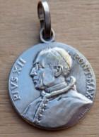 Mad-175 Médaille Ancienne Signée Pénin Anno Jubilaei 1950 Pius XII - Godsdienst & Esoterisme
