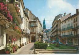 Cp , 88 , PLOMBIÈRES-les-BAINS , Place Des Bains Romains Rue Stanislas - Plombieres Les Bains
