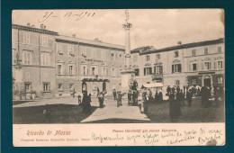 RICORDO DI MASSA PIAZZA GARIBALDI CARTOLINA FORMATO PICCOLO VIAGGIATA NEL 1901 - Massa