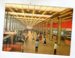 Cp , Aviation , Aeroport De Paris-Orly , Le Hall De L´aerogare , Voyagée 1964 , N° 138 - Aerodromes