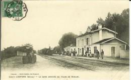 CPA LESPARE  La Gare Arrivée Du Train De Soulac 10501a - Lesparre Medoc