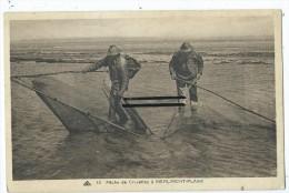 CPA - Pêche De Crevettes à Merlimont Plage - France