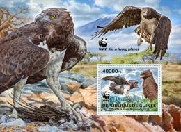 (WWF-518) W.W.F. Guinea Conakry Martial Eagle / Bird / Birds MNH Souvenir Sheet 2013 - W.W.F.