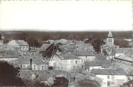 17 - Montendre-les-Pins - La Ville Vue Du Château - Montendre