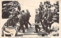 17 - La Rochelle - Embarquement De Forçats Pour Le Bagne De Saint-Martin-de-Ré - La Rochelle