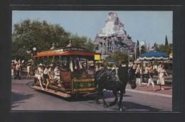 """Horse-Drawn Streetcar...""  Al Dorso ""Main Street, USA"".  Nueva. - Disneyland"