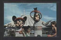 """Welcome To The Future...""  Nueva. - Disneyworld"