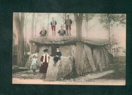 Saumur - Temple Des Druides - Dolmen ( Animée Colorisée D. R.) - Saumur