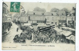 CPA -Liancourt _ Place De Larochefoucauld - Le Marché - Liancourt