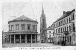 Tournai : Beffroi Et Salles Des Concerts + Cachet Allemands Au Verso (1915) (pli Au Milieu) - Doornik