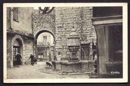 CPA ANCIENNE- FRANCE- VENCE-LA-JOLIE (06)- LA FONTAINE DU PEYRA EN TRES GROS PLAN- ANIMATION - Vence