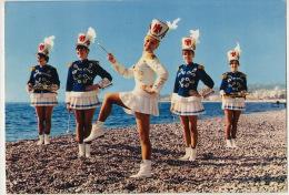 Majorettes De Nice 1969  Bataillon De Charme De La Cote  D' Azur Officiers - Spectacle