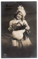 Jolie Fillette Et Branches De Sapin, Manchon, Bonne Année, 1910, éd. R&K L N° 3946/6 - Ritratti