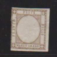 Naples  //  N 11  // 1/2 G Brun Bistre    // NEUF * , Petite Déchirure à 9 H - Naples