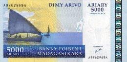 Madagascar 5000 Francs 2003 Pick 84 UNC - Madagascar
