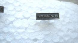 AGRAFE POUR MEDAILLE DE RAPPEL DIXMUDE TROUPES DE MARINE EXCELLENT ETAT