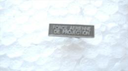 AGRAFE POUR MEDAILLE DE RAPPEL DIXMUDE FORCE AERIENNE DE PROJECTION EXCELLENT ETAT