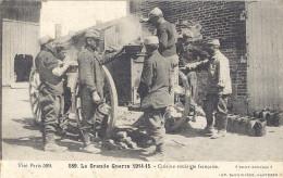 CUISINE  ROULANTE FRANCAISE    BELLE CARTE ANIMEE   MILITAIRES A LA GAMELLE!    Tampon Militaire De Chaource - Guerre 1914-18