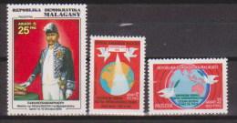 Madagascar  N°604 +605 +606   Neufs  ** - Madagascar (1960-...)