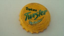 Vietnam Twister of Pepsi / used beverage bottle crown cap / Kronkorken / Capsule