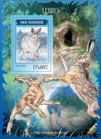 m14215b Mozambique 2014 Hares Rabbit s/s