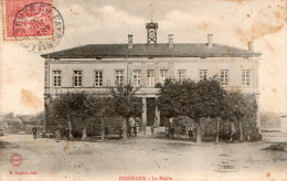 CPA 52 : PRESSIGNY, La Mairie, Animé ( N° 205 ) - Autres Communes