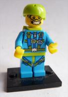 Figurine LEGO minifigures LE PARACHUTISTE serie 10 N�06