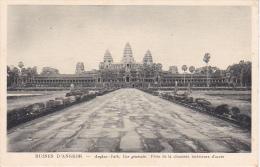 PC Ruines D´Angkor - Angkor-Vat, Vue Générale - Prise De La Chaussée Intérieure D'accès (6963) - Cambodia