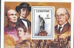 LESOTHO 1986 MNH Block Statue Of Liberty B34 #1734 - Lesotho (1966-...)