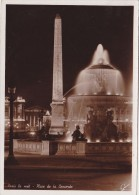 Cp , 75 , PARIS La Nuit , Place De La Concorde - Piazze