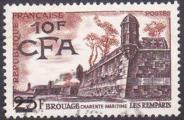 Réunion Obl. N° 328 - Brouage - Les Remparts - Réunion (1852-1975)