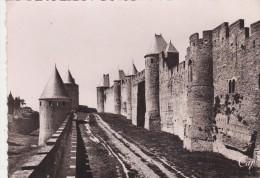Cp , 11 , CARCASSONNE , La Cité  , Les Hautes Lices - Carcassonne