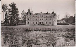 Maine  Et  Loire :   BAUGé  ,  Kastelo  De  Grésillon - France