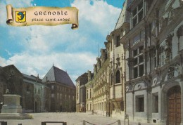 Cp , 38 , GRENOBLE , Place St-André , Palais De Justice (XVe , XVIe S.) Et Statue Du Chevalier Bayard - Grenoble