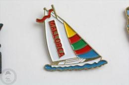 Mallorca Boat -  Pin Badge  #PLS - Barcos