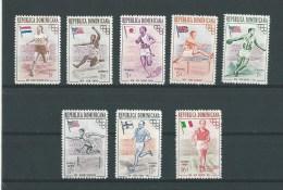 Rép. Dominicaine: 444/ 448 + PA 101/ 103 ** - Dominicaine (République)