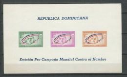 Rép. Dominicaine: BF 28 ND **  Campagne Contre La Fain - Dominicaine (République)