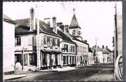 FLEURINES . Auberge De La Biche Au Bois . - Autres Communes