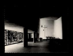 07 - LE POUZIN - église Moderne - Intérieur église - Vitraux De Chapuis Par Ballayn - Le Pouzin