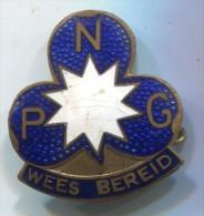 SCOUT, Scoutisme, Eclaireur - PNG, WEES BEREID BE PREPARED, Enamel, Pin Badge, Brooch D 25 X 25 Mm - Scouting