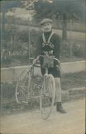 CYCLISME / Coureur Cycliste En Tenue Avec Son Vélo! TRES BELLE CARTE Glacée! - Cyclisme