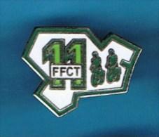 PIN´S //   . FÉDÉRATION FRANÇAISE CYCLOTOURISME DE L´AUDE , FFCT 11 - Cycling